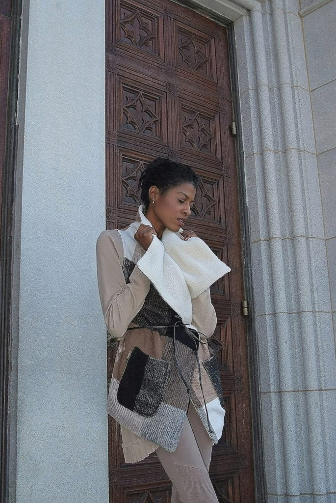 Fashion, vogue, fall, layers, angelica guillen, style hopping, beige, cathedral, blogger, model