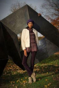 Angelica Guillen, Stylehopping, Sculpture, Zara pants, H&M cardigan,