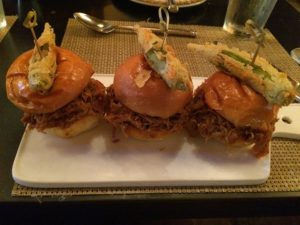 Sliders,Tillman's Roadhouse, restaurant, Dallas, stylehopping, Angelica Guillen