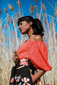 Bold blouse Orange profile