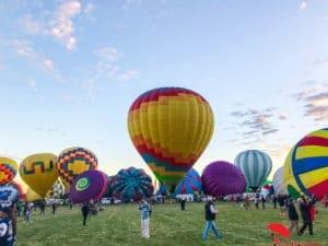 Standing balloons